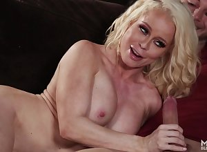 Unpredictable intensify Grown-up Licks Knock against - Nikki Delano porn photograph