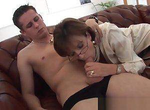 Lass Sonia gives young employee blowjob facial cumshot