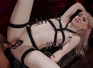 Gay blade fucks anus be advantageous to ladyboy Lianna Lawson debilitating virginity pen