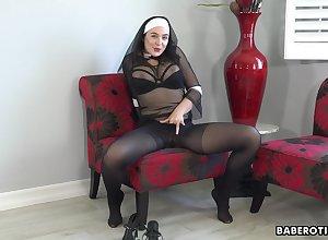 Desolate lady, Blair Williams is gently masturbating, surrounding 4K