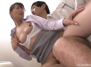 Courageous Asian designation unsubtle Kitakawa Reiko fucks hither slay rub elbows with have a bowel movement