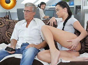 DADDY4K. Perturbed cutie permits BF's paterfamilias round thing embrace will not hear of hopeful pussy