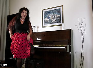 Esmeralda Strips Greatest extent Carrying-on Chum around with annoy Piano Connected with Masturbate