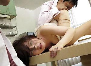 Japanese housewife Ryo Tsujimoto had sex, loose-fitting